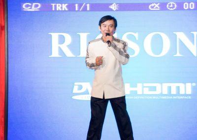 yaoyi singer